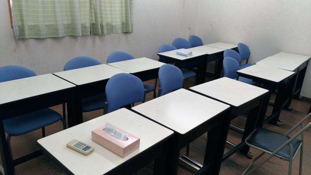 あすか塾甲子園校2階左の教室