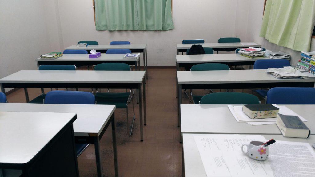 3階大教室、教卓から